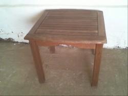 PETIT TABLE