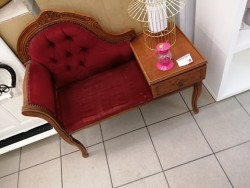 BANQUETTE TELEPHONE